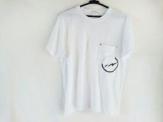 リーバイスフェノムのTシャツ