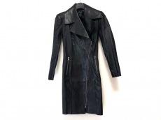 ジトロワのコート
