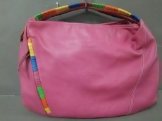 ブルーノロッシのハンドバッグ