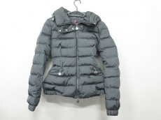 MONCLER(モンクレール)のサングリア/SANGLIER