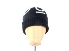 ユーユー ユニクロ×アンダーカバーの帽子