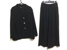 tricot COMMEdesGARCONS(トリココムデギャルソン)のスカートスーツ