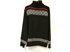 アルネアンドカルロスのセーター
