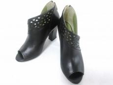 ブルーノプレミのブーツ