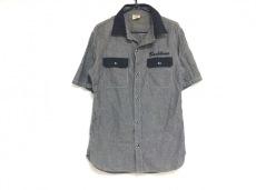 バックボーンのシャツ