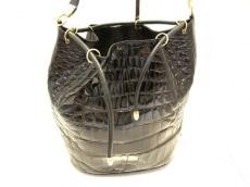 フランコパルメジャーニのショルダーバッグ