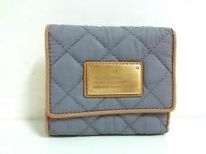 4℃(ヨンドシー)の3つ折り財布