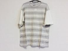 コルティジャーニのTシャツ