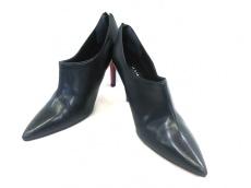 マミアンのブーツ