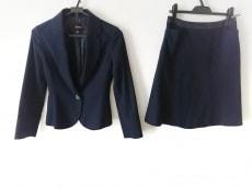 シェローのスカートスーツ