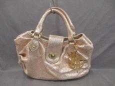 キラリーのハンドバッグ