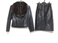 JEANCOLONNA(ジャンコロナ)のスカートスーツ