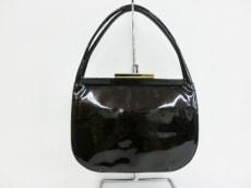 カートジェイガーのハンドバッグ
