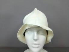 ネサーンスの帽子