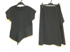 レキップ ヨシエイナバのスカートセットアップ