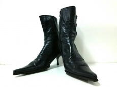 バッファローのブーツ