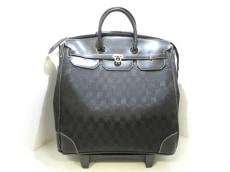 ラトゥールエッフェルのキャリーバッグ