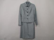 バーバリーロンドンのワンピーススーツ
