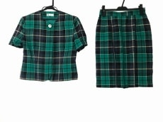 YORKLAND(ヨークランド)のスカートスーツ