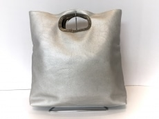 インターステイプルのハンドバッグ