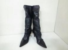 アンジェロフィグスのブーツ