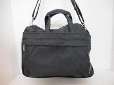 アマンダベランのハンドバッグ