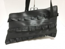 カオパオシュのショルダーバッグ