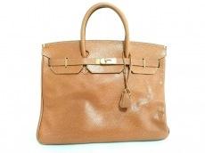 ハイクラスのハンドバッグ