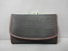カイヨウの3つ折り財布