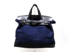 キャバのハンドバッグ