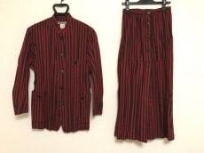 ISSEYMIYAKE(イッセイミヤケ)/スカートスーツ