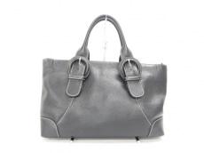 デルガのハンドバッグ