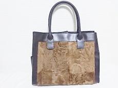 リサ コンテのトートバッグ