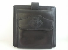 グルカの2つ折り財布