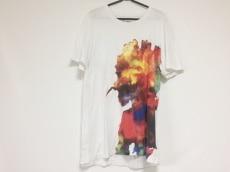 ヘンリックヴィブスコブのTシャツ