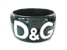 D&G(ディーアンドジー)のバングル
