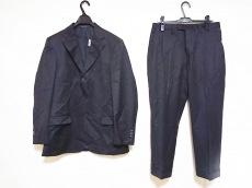 GUCCI(グッチ)のメンズスーツ