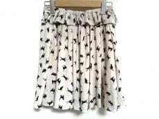 リルリリーのスカート