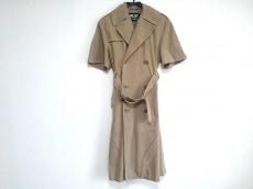 NLST(エヌリスト)のコート