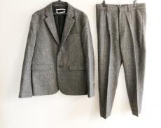 ロバートゲラーのメンズスーツ