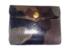 saranam(サラナン)の3つ折り財布