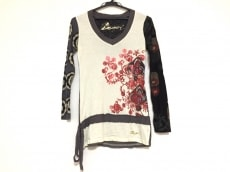 Desigual(デシグアル)/Tシャツ