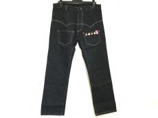 キッキのジーンズ