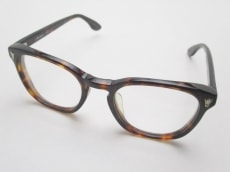 エナロイドのサングラス