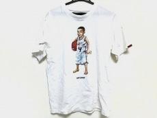 アップルバムのTシャツ