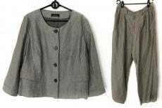 レキップ ヨシエイナバのレディースパンツスーツ
