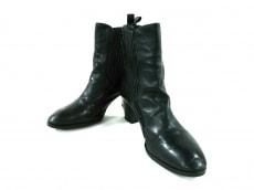 アプレスのブーツ