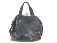 デコ オムのハンドバッグ