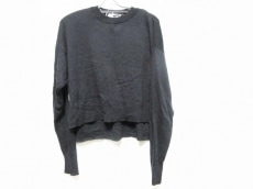 グラフペーパーのセーター