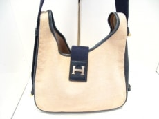 HERMES(エルメス)のサンダのショルダーバッグ